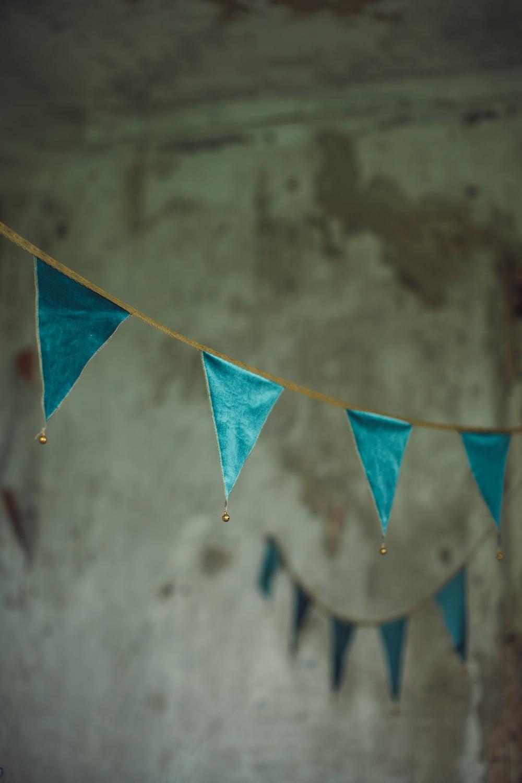 NUMERO 74 : Bunting garland, teal blue