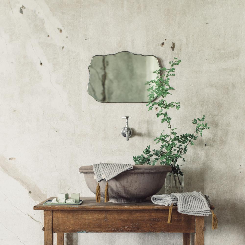 NUMERO 74 : Badeteppich, Stone Grey
